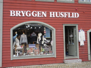 Bergen.05.ClothingShopWindow.