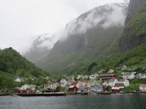 Flam.09.VillageOnFjord